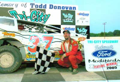 2005 Jeremiah wins 1st Big Block feature